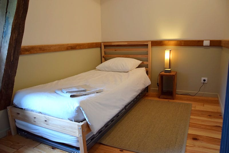 pte-chambre-avec-lit-tiroir